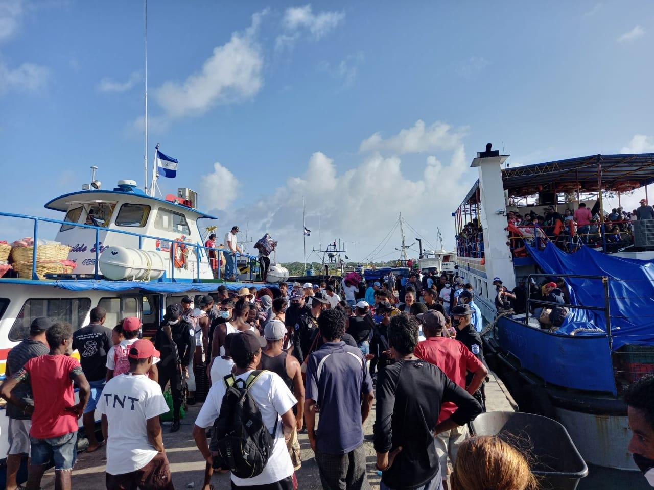 Desborde de turistas durante Semana Santa en Caribe Sur Managua. Por Danielka Ruíz/Radio La Primerísima