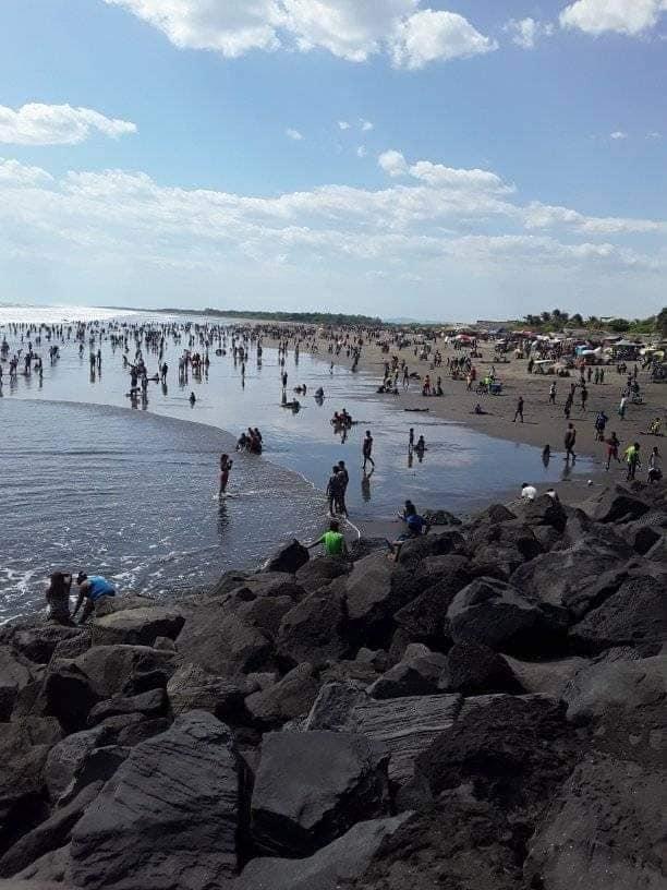 Joven desaparece en las aguas del balneario Pasocaballos Managua. Radio La Primerísima
