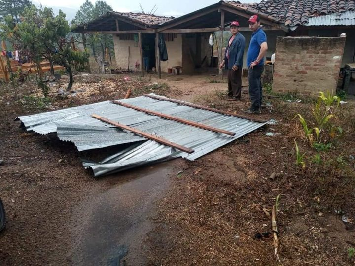 Fuertes vientos y lluvias causan daños en techos de 6 viviendas en Nueva Segovia