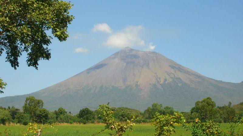SINAPRED registra 7 sismos en las cercanías del volcán San Cristóbal Managua. Radio La Primerísima