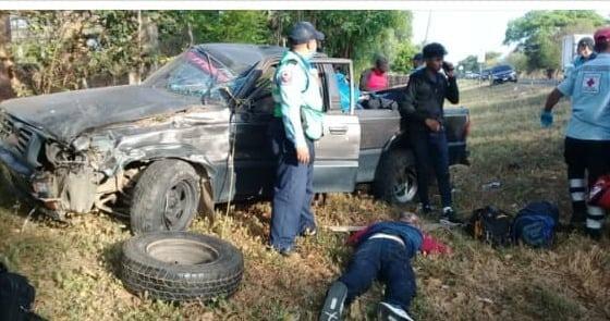 Accidente de tránsito deja tres personas lesionadas Managua. Radio La Primerísima