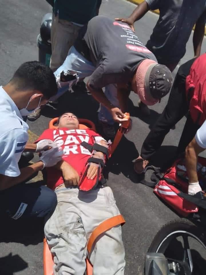 Joven resbala de su motocicleta y es impactado por otro motorizado Managua. Radio La Primerísima