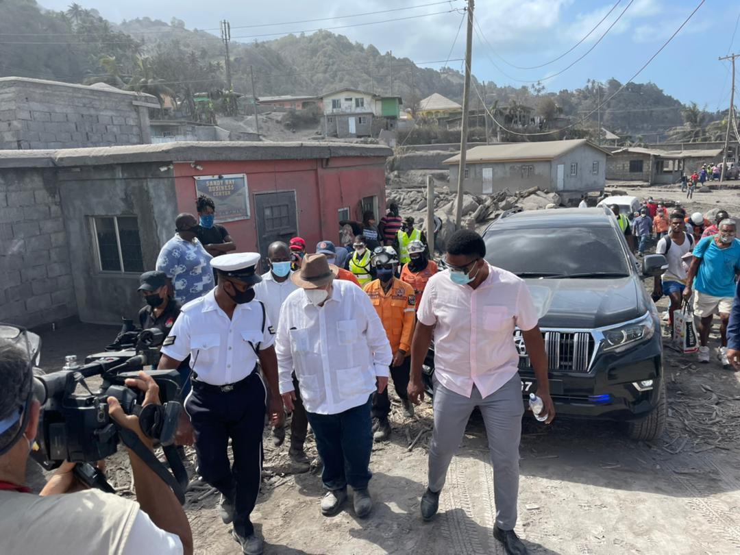 San Vicente y las Granadinas continúa en estado de alerta roja Kingstown. Telesur