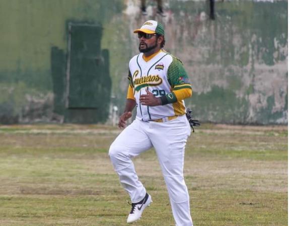 Justo Rivas, nuevo líder de los bateadores en el GPO Managua. Radio La Primerísima
