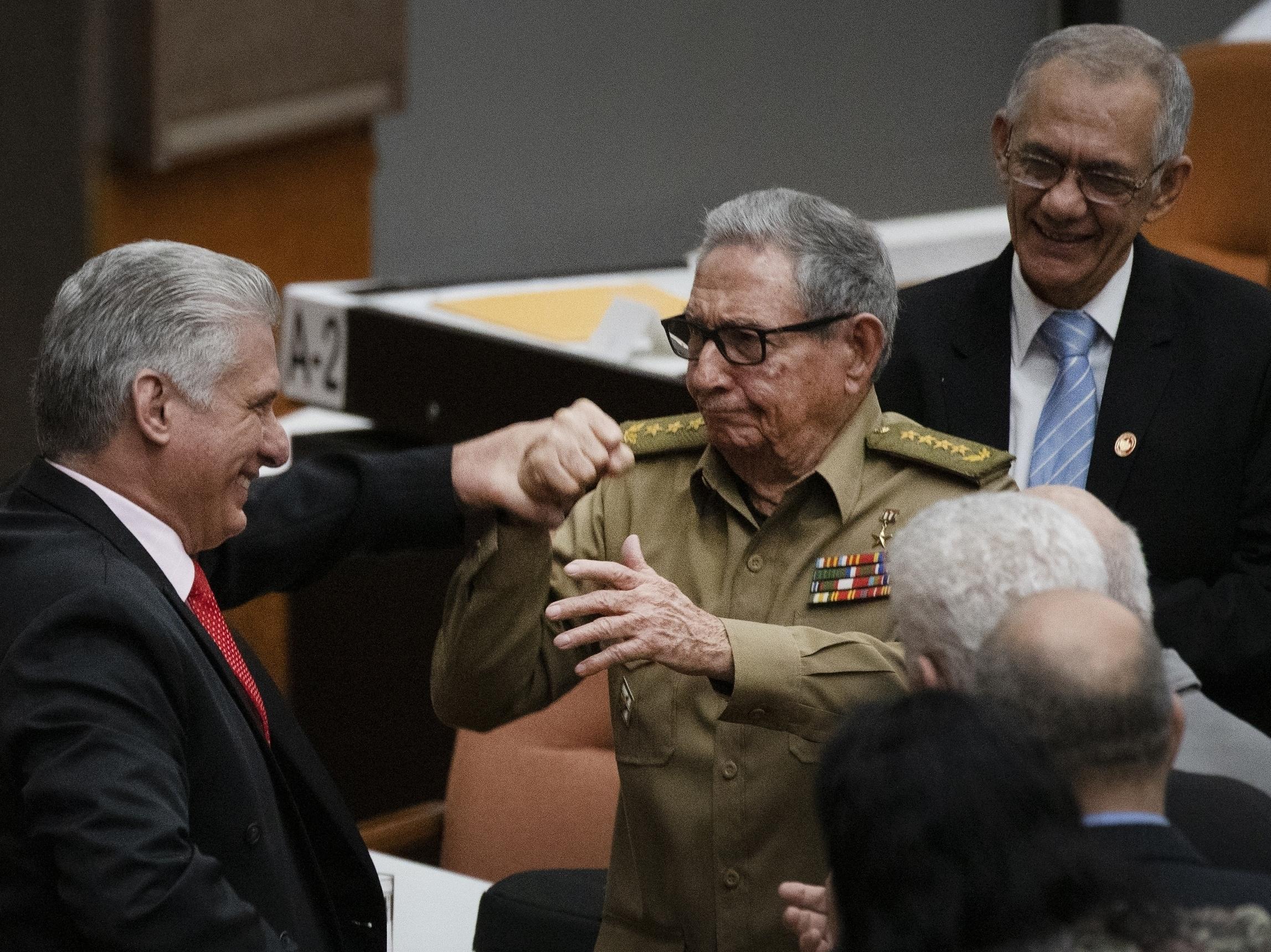 El abrazo de Raúl Castro Por Fabrizio Casari | www.altrenotizie.org