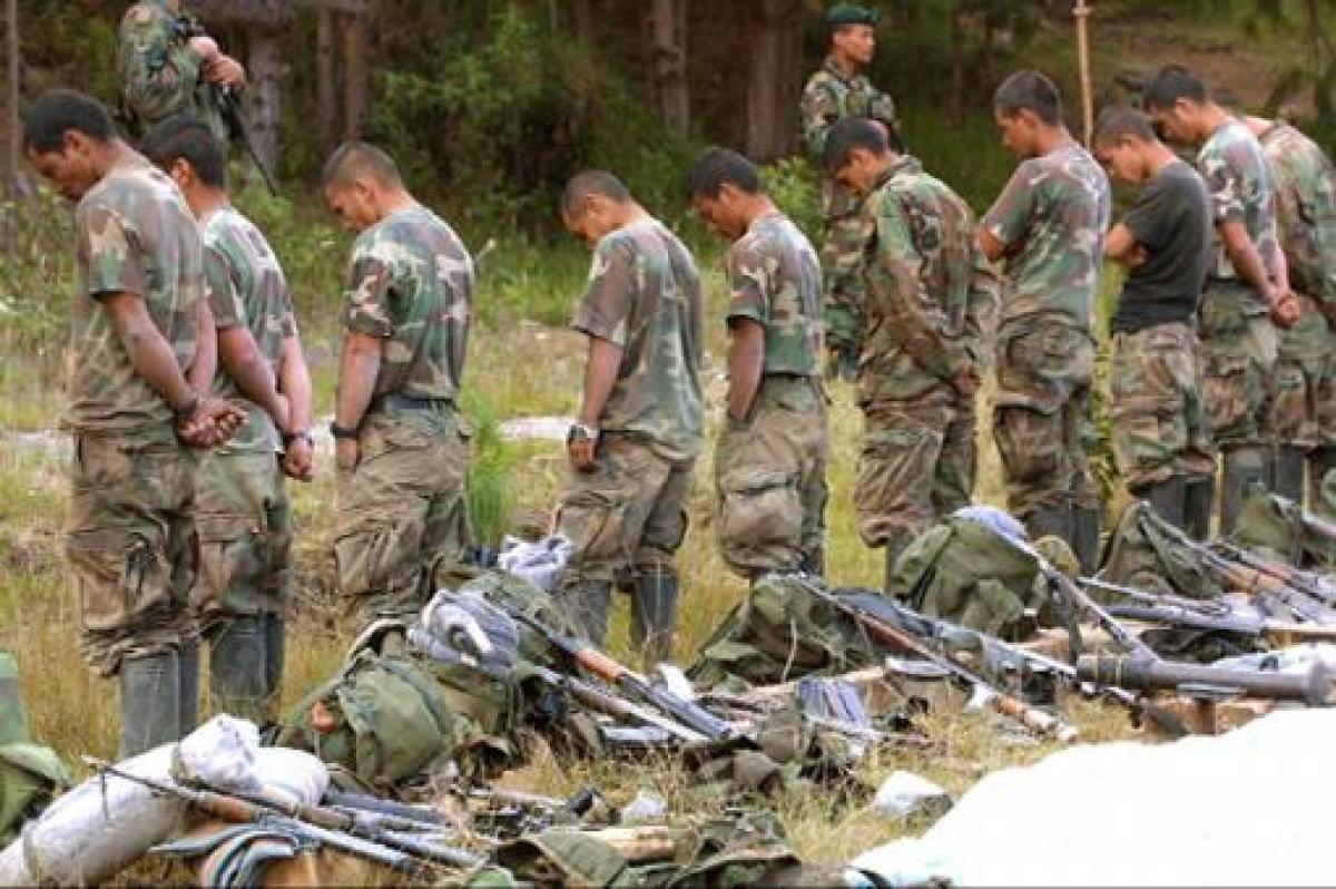 La guerra paramilitar Por Luis Britto García   Diario Últimas Noticias, Venezuela