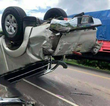 Vuelco de camioneta deja dos lesionados en Chontales Managua. Radio La Primerísima