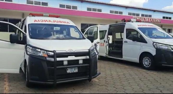 MINSA entrega cinco nuevas ambulancias Managua. Por Libeth González/Radio La Primerísima