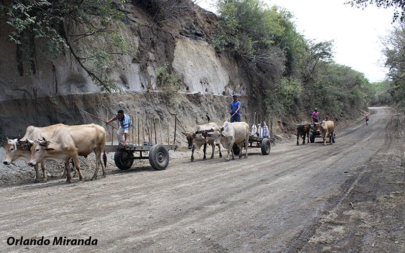 Mejoran camino en comunidad de Ciudad Sandino Managua. Radio La Primerísima
