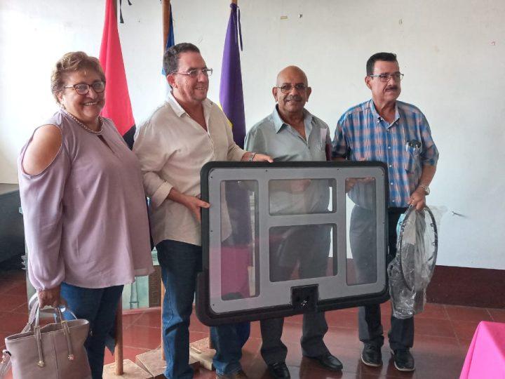 Entregan reconocimientos a forjadores del deporte en Jinotepe