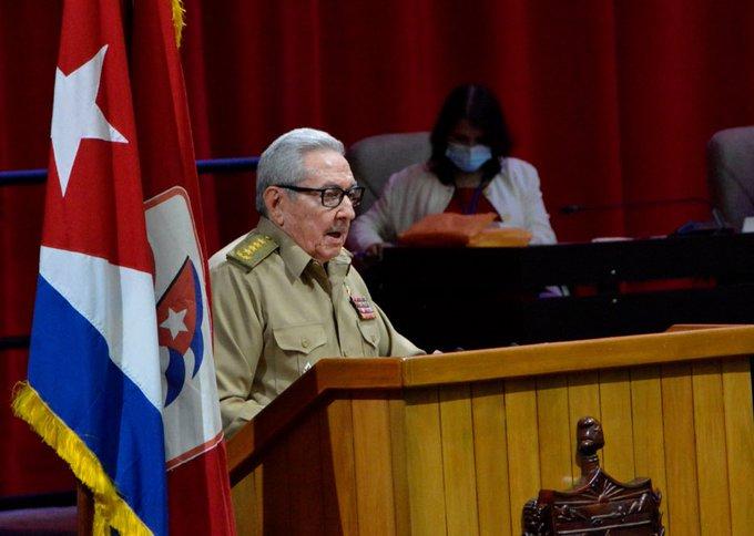 Cuba, el abrazo de Raúl Castro Fabrizio Casari/ Radio La Primerísima