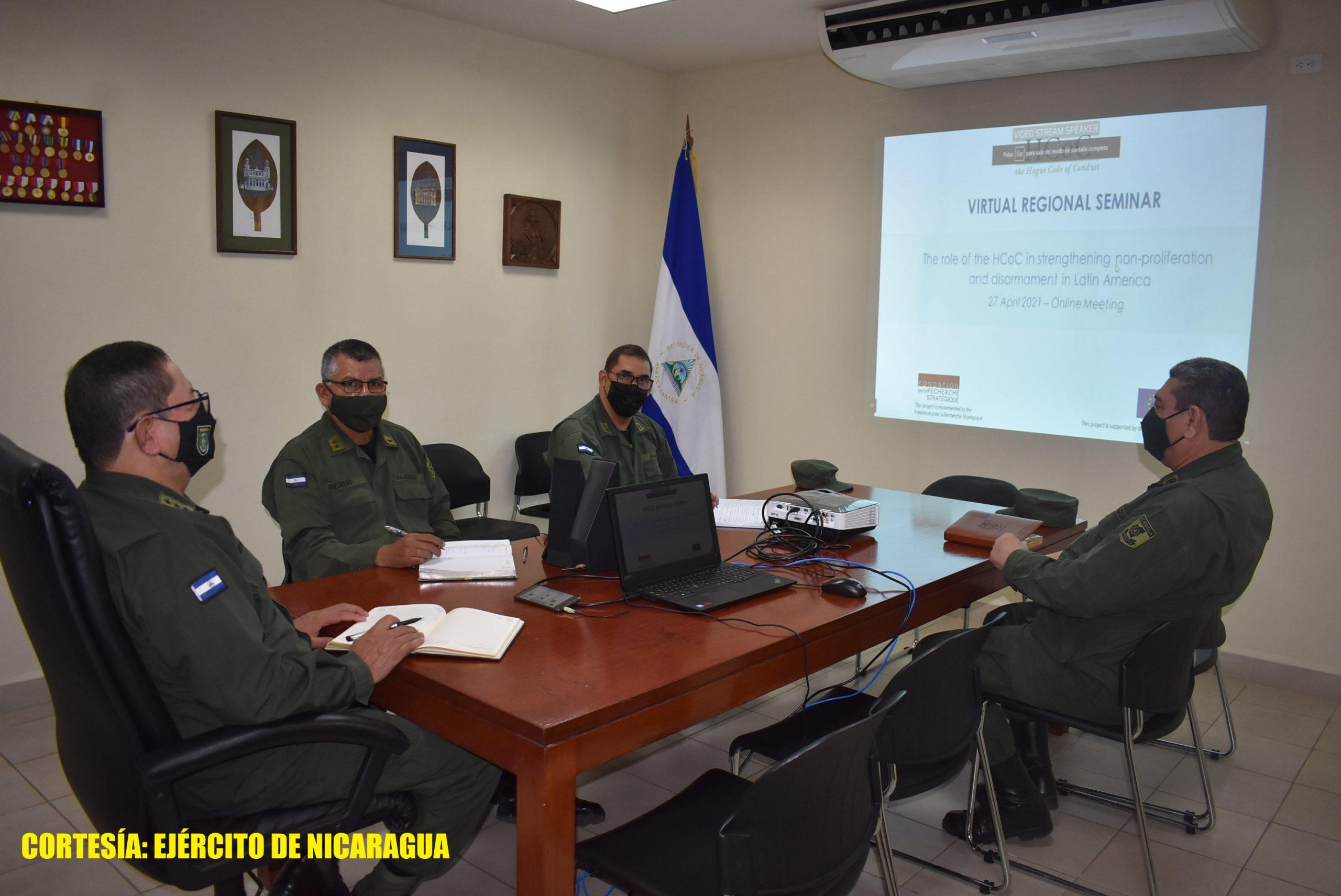Militares en seminario sobre riesgos de proliferación balística Managua. Radio La Primerísima