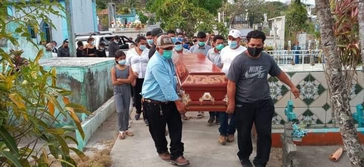 Sepultan a boaqueña asesinada en zona fronteriza Managua. Radio La Primerísima