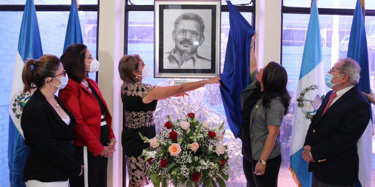 PARLACEN rinde homenaje a Jacinto Suárez Managua. Por DanielKa Ruíz/Radio La Primerísima