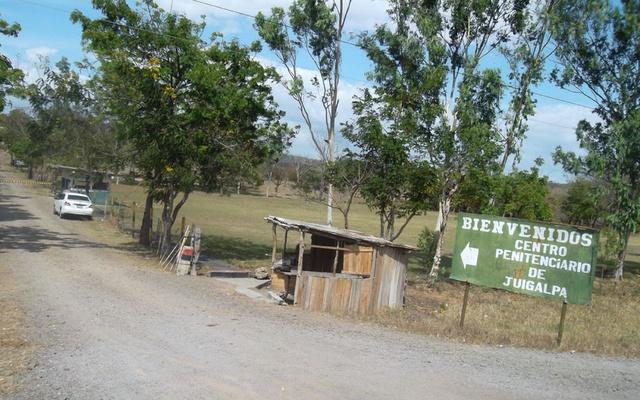 Vacunan contra Covid-19 a reos del penal en Juigalpa Managua. Radio La Primerísima