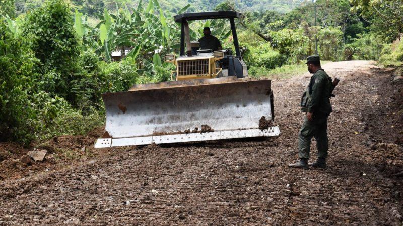 Ejército rehabilita 34 kilómetros de caminos en comunidad de Río Blanco Managua. Radio La Primerísima