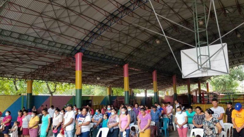 Capitalización a familias del municipio El Realejo Managua. Radio La Primerísima