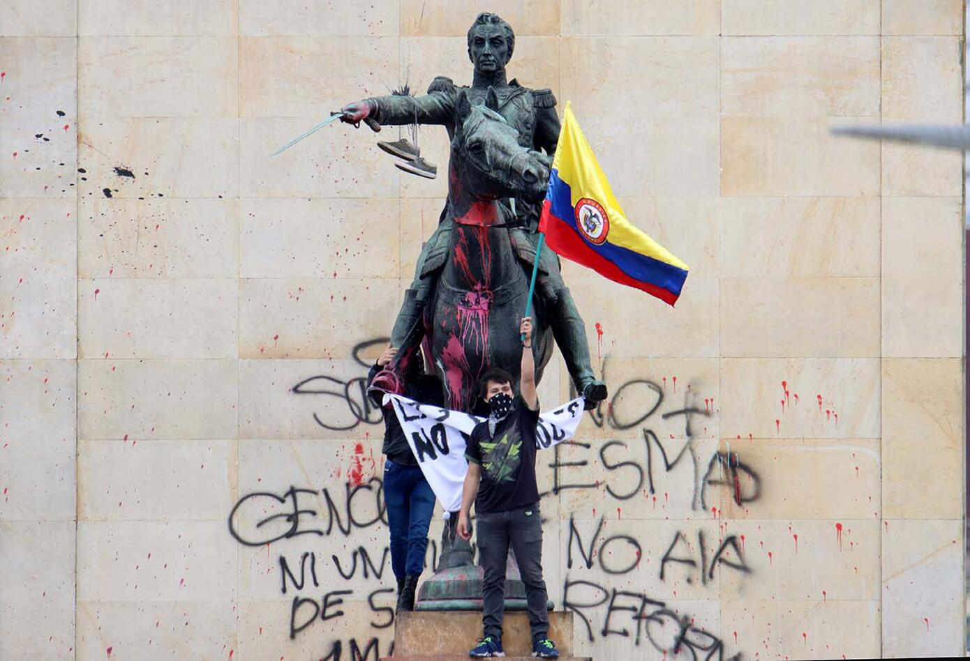La naturaleza política de la rebelión en Colombia Por Fernando Rubio y Fernando Dorado   Rebelión