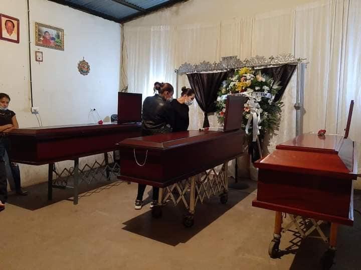 Realizan velorio del matrimonio que se ahogó junto a su hijo Managua. Radio La Primerísima