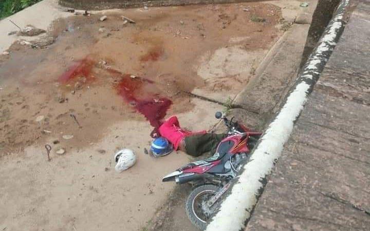 Muere motociclista tras caer a un puente en Bonanza Managua. Radio La Primerísima