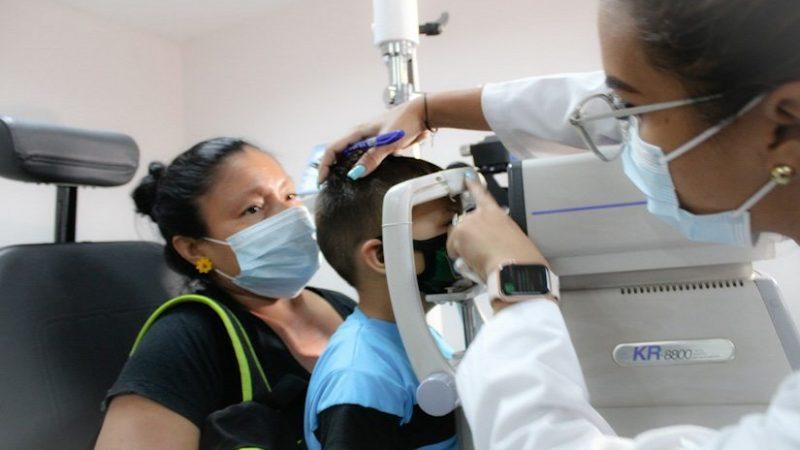 Jornada de salud en Centro Nacional de Oftalmología Managua. Radio La Primerísima