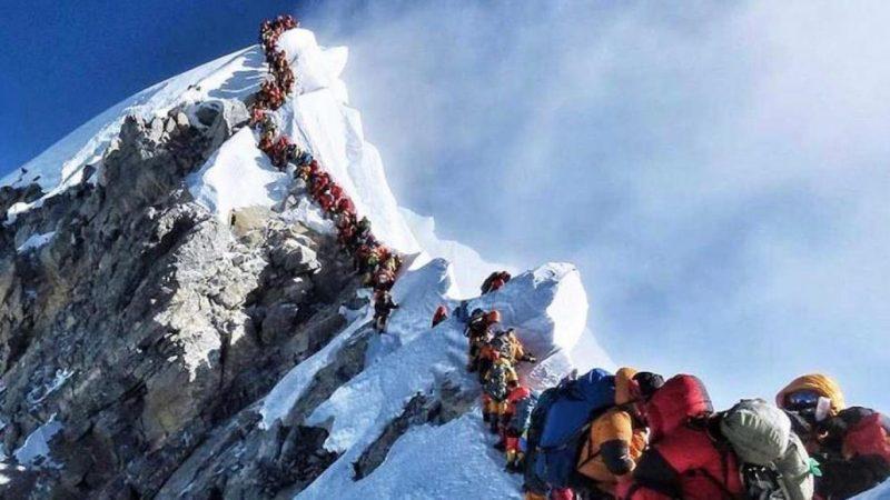 China suspende excursiones al monte Everest Agence France-Presse (AFP)