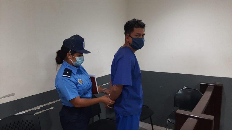 Taxista será enjuiciado tras robo a pasajera Managua. Radio La Primerísima
