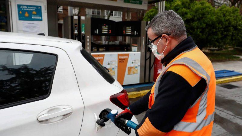 Sube y baja en precios de combustibles Managua. Radio La Primerísima