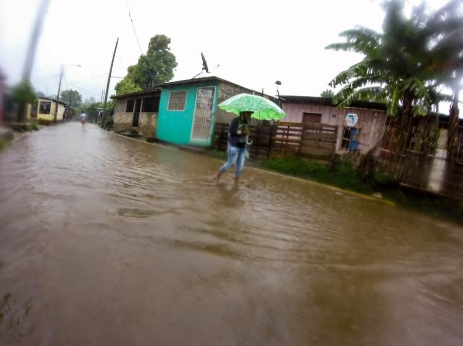 Lluvias y fuertes vientos causan afectaciones en cuatro departamentos Managua. Radio La Primerísima