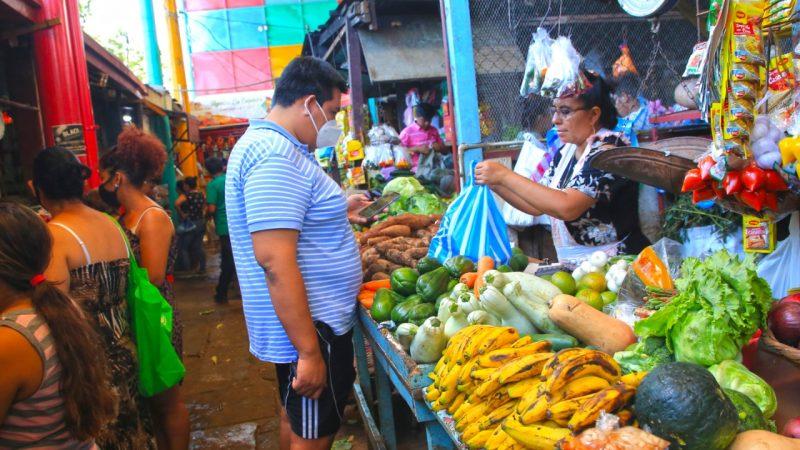 Comerciantes con promociones en mercados capitalinos Managua. Radio La Primerísima