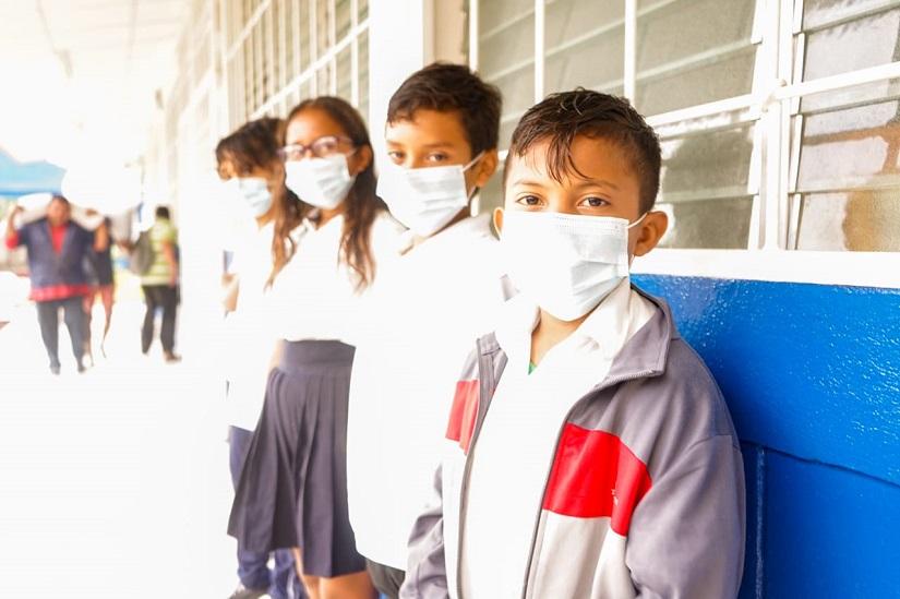 Llega Merienda Escolar al colegio Sotero de Jesús Reyes Managua. Radio La Primerísima