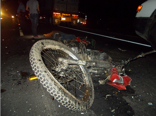 Motorizado fallece en un accidente en Bonanza Managua. Radio La Primerísima