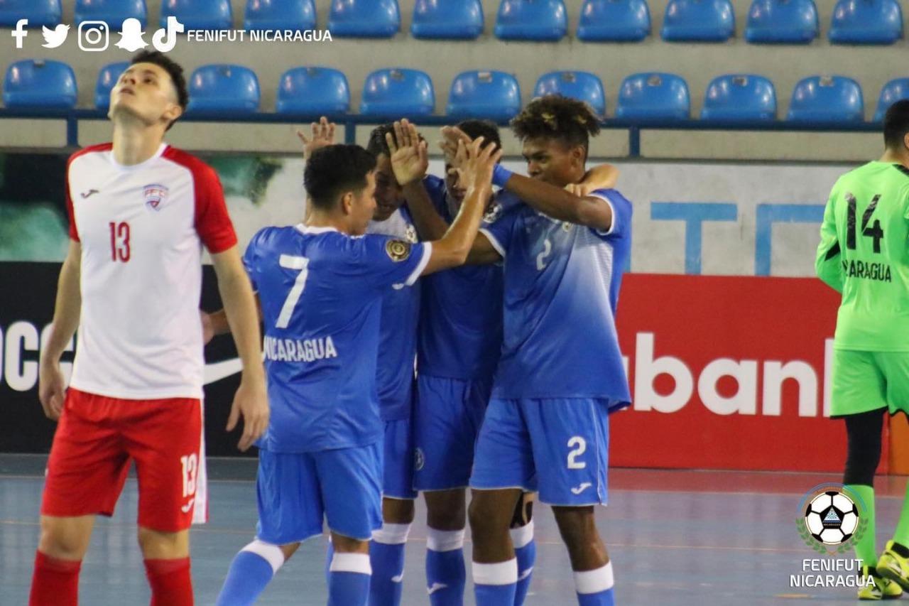 Selección de Nicaragua derrota 4-3 a Cuba Managua. Radio La Primerísima