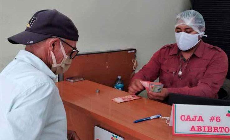 INSS paga a pensionados en Caribe Sur Managua. Radio La Primerísima