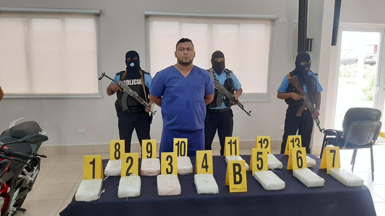 Cae mulero con 13.63 kilos de cocaína Managua. Radio La Primerísima
