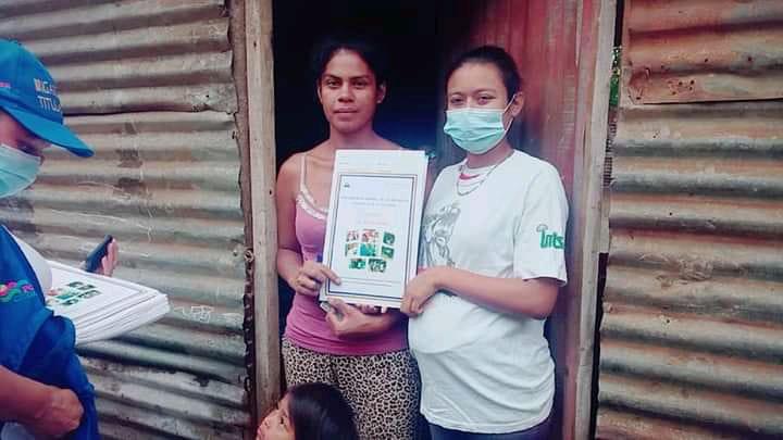 Entregan títulos de propiedad a familias de Carazo Managua. Por Manuel Aguilar/Radio La Primerísima