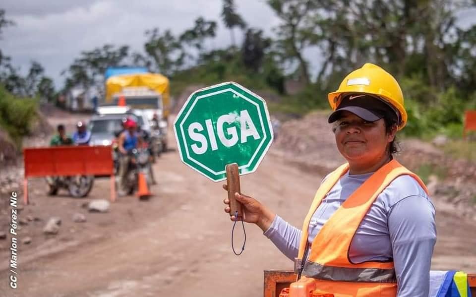 Avanza construcción de carretera Siuna-Rosita Managua. Radio La Primerísima