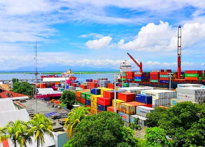 Resaltan dinámica comercial en puertos marítimos