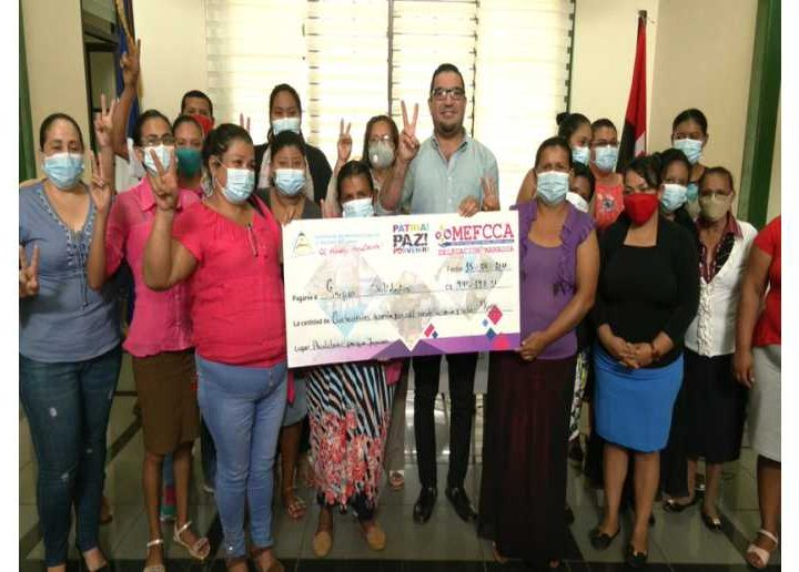 Entregan 491 mil córdobas a emprendedores de Managua