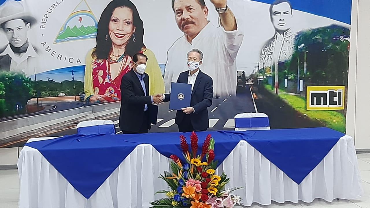 Taiwán entrega 800 mil dólares al MTI para construcción de carretera Jerson Dumas/ Radio La Primerísima