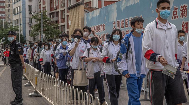 Aprueban en China vacunación anticovid para menores Agencia EFE