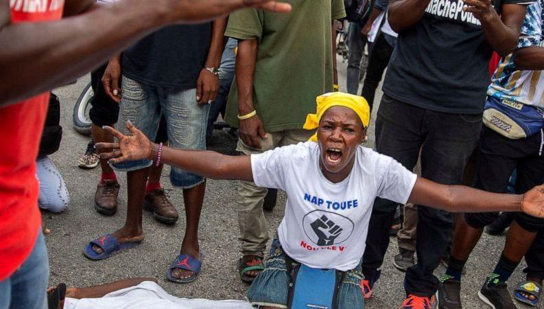 ¿Quiénes son y qué quieren las bandas armadas en Haití? Por Lautaro Rivara | Blog todoslospuentes