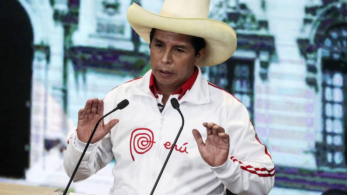 ¿Quién teme a Pedro Castillo? Por Pablo Stefanoni   Viento Sur