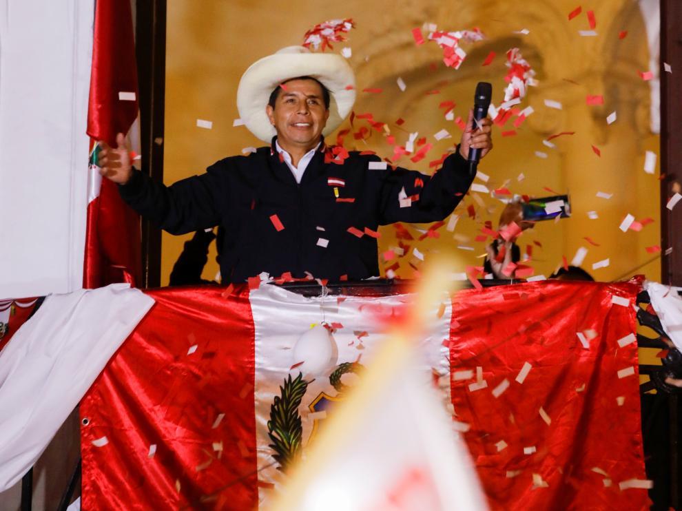 Daniel y Rosario hablaron con Pedro Castillo, Presidente electo de Perú Managua. Radio La Primerisima