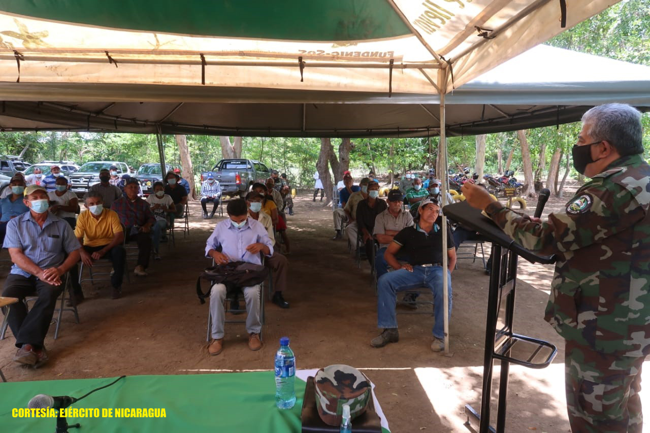 Ejército se reúne con productores de Villa El Carmen y San Rafael del Sur Managua. Radio La Primerísima