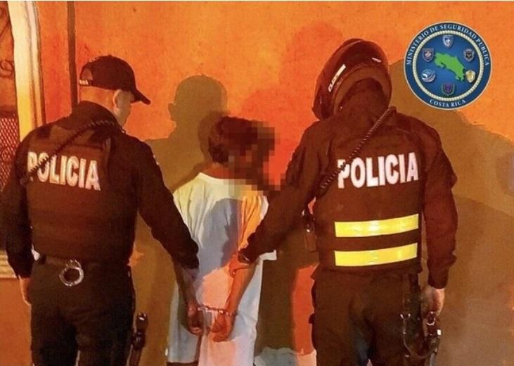 Nica termina sin un dedo al ser atacado en Costa Rica Diario Extra, Costa Rica