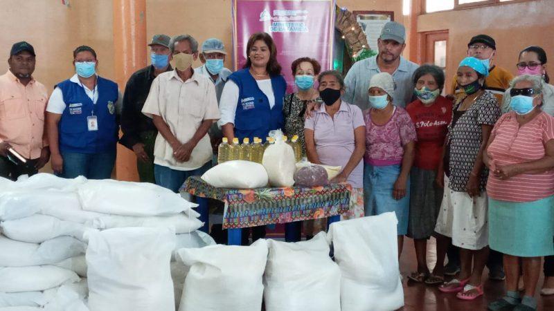 Entregan paquetes alimenticios a adultos mayores en Diriamba Manuel Aguilar/ Radio La Primerísima