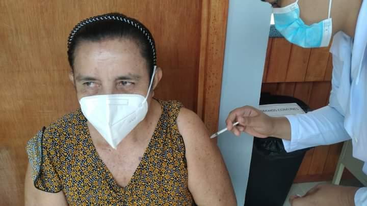 Continúa aplicación de segunda dosis de vacuna anticovid Managua. Radio La Primerísima