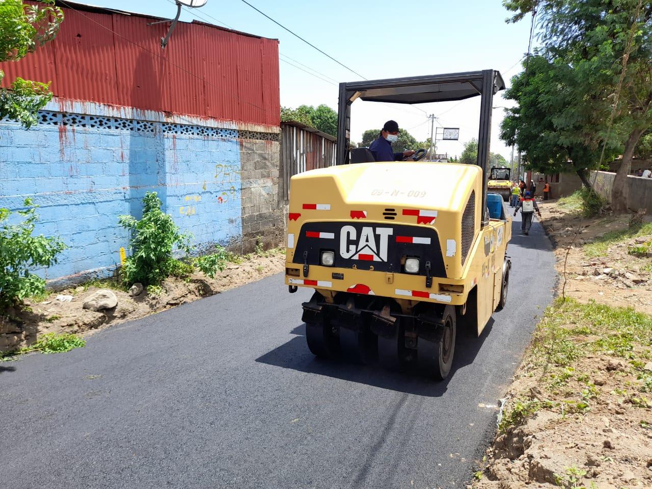 Siguen construyendo calles en barrios de Managua Managua. Ingrid Canda/Radio La Primerísima