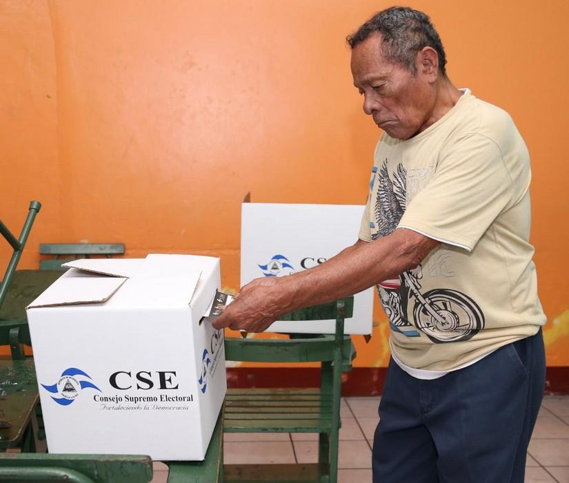 Cédula vencida no será impedimento para votar Managua. Radio La Primerísima